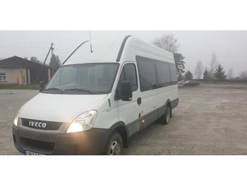 Mikrobus Iveco Daily
