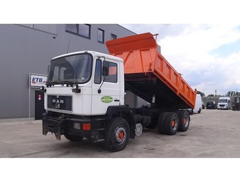 MAN 33.372 (BIG AXLE / FULL STEEL SUSPENSION / 6 CYLINDER ENGINE WITH MANUAL PUMP) - wywrotka