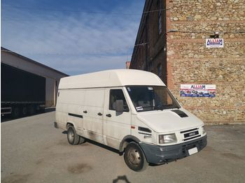 Furgon IVECO Daily 35.12