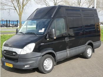 Furgon Iveco Daily 35 S 21