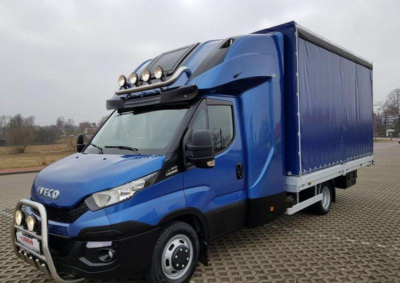 Nietypowy Okaz Samochód dostawczy plandeka Iveco Daily z Polski używany na RX15